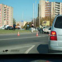 Per automobilių avariją Pramonės prospekte moterį ištiko šokas