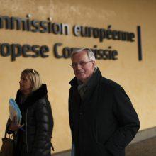 """ES ambasadoriai susitarė dėl """"Brexito"""" derybų įgaliojimų"""
