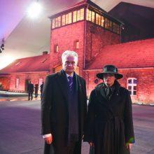 G. Nausėda Aušvice pagerbė Holokausto aukas