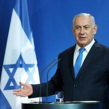 B. Netanyahu ragina sugrąžinti sankcijas Iranui, jeigu jis pažeis branduolinę sutartį