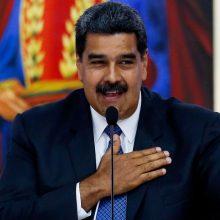 Venesuelos prezidentas mainais į vakcinas nuo koronaviruso siūlo naftą