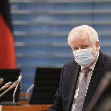 Berlynas: Vokietija dėl viruso uždraus įvažiuoti iš Čekijos regionų ir Austrijos Tirolio