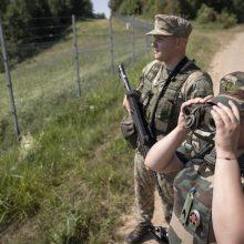 Pasienyje su Baltarusija per praėjusią parą apgręžta apie 40 migrantų, niekas neįleistas