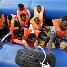 JT: prie Libijos krantų apvirtus migrantų laivui, žuvo bent 43 žmonės