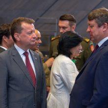 NATO gynybos ministrai tarėsi dėl saugumo priemonių