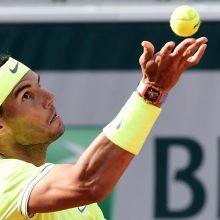 """""""French Open"""" turnyro pusfinalyje įvyks R. Nadalio ir R. Federerio akistata"""