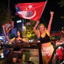 Stambulo mero rinkimuose E. Imamoglu įveikė T. Erdogano partijos remiamą kandidatą
