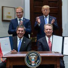 D. Trumpas pasirašė susitarimą dėl jautienos pardavimų didinimo ES