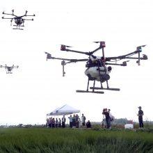 Eurokomisaras: teroristai gali pasitelkti bepilotes skraidykles