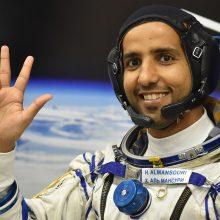 Pirmą kartą į kosmosą pakilo Jungtinių Arabų Emyratų astronautas