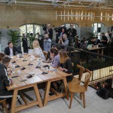 V. Zelenskiui įteiktas sertifikatas už spaudos konferencijos trukmės pasaulio rekordą