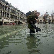 Potvynis Venecijoje: Šv. Morkaus bazilikoje tyvuliuoja vanduo