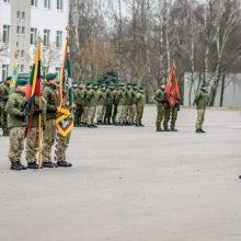 """MPB """"Geležinis Vilkas"""" vėliava perduota į naujo vado rankas"""