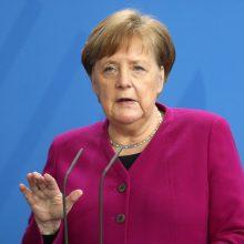 A. Merkel mato priežasčių koronaviruso situaciją vertinti optimistiškai