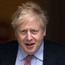 ES pateikus oficialų skundą, JK premjeras ėmėsi ginti šalies prekybos veiksmus