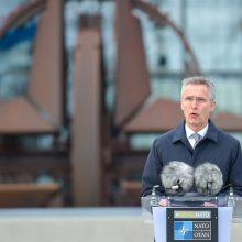 NATO vadovas: Rusija ir Kinija skleidžia melagingas žinias