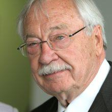 Mirė vienas ryškiausių JAV lietuvių visuomenės veikėjų S. Balzekas