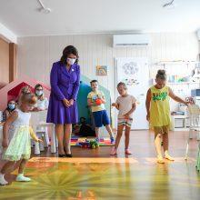 D. Nausėdienė Marijampolėje aplankė dienos centrą raidos sutrikimų turintiems vaikams
