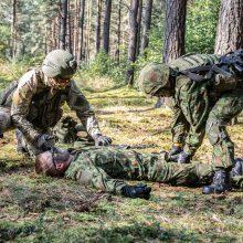 Parengtojo rezervo kariai pratybose atnaujino karinius įgūdžius