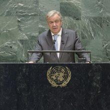 """JT vadovas Libijos ginklų embargo pažeidimus pavadino """"skandalu"""""""