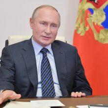 V. Putinas: konfliktas Kalnų Karabache prasidėjo nuo nusikaltimų armėnų tautai