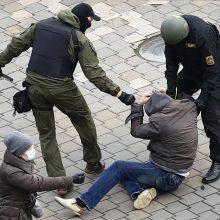 Teisių gynėjai: Baltarusijoje gruodį per protestus sulaikyta ne mažiau kaip 750 žmonių