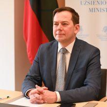 Kilus įtampai tarp JAV ir Prancūzijos, Lietuva tikisi, kad tarpusavio pasitikėjimas grįš