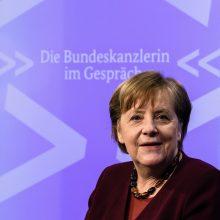 """A. Merkel prognozuoja dar """"tris keturis sunkius mėnesius"""" dėl koronaviruso pandemijos Vokietijoje"""