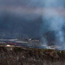 Ugnikalnio regioną La Palmoje vėl supurtė keli žemės drebėjimai
