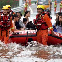 Vidurio Kinijoje potvynių aukų skaičius išaugo iki 51
