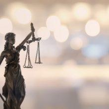 Buvusiam Nausodžio seniūnui už piktnaudžiavimą ir sukčiavimą skirta 10 tūkst. eurų bauda