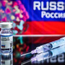 Rusiškos vakcinos nuo COVID-19 veiksmingumas siekia 92 proc., sako jos kūrėjai