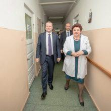 Premjeras: pirminės sveikatos priežiūros paslaugos turi būti prieinamos visiems