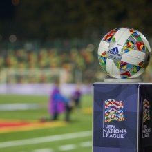 Europos futbolas laisvinasi iš viruso pančių