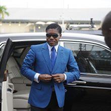Pusiaujo Gvinėjos lyderio sūnus stoja prieš teismą