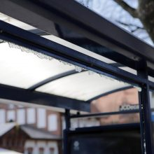 Klaipėdoje užpuolikai sumušė du autobusų stotelėje buvusius vyrus