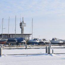 Ledas: Kuršių marios vis dar teikia žvejams neišdildomų įspūdžių.