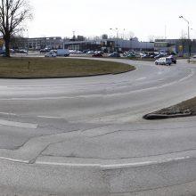Darbai: Mokyklos, Tilžės gatvių ir Šilutės plento žiedinė sankryža bus pertvarkyta į reguliuojamą šviesoforais.