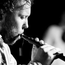 Daugybe instrumentų grojantis S. Petreikis: svarbu mokėti mylėti muziką