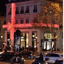 Įspūdingai pasipuošęs Paryžius jau gyvena Kalėdomis