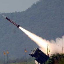 Turkija gavo dar vieną rusiškos raketų sistemos S-400 komponentų siuntą