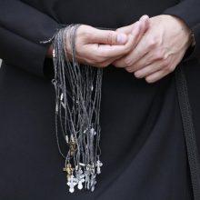 Lenkijoje įsiplieskęs kunigų pedofilijos skandalas krečia politinę sceną
