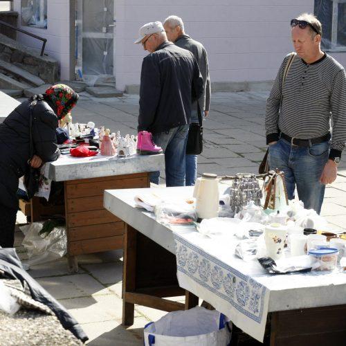 """""""Blusų"""" turgus Klaipėdoje"""