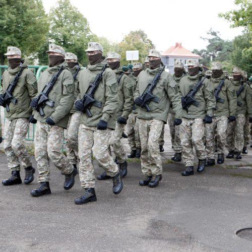 Klaipėdoje privalomosios pradinės karo tarnybos kariai prisiekė negailėti gyvybės