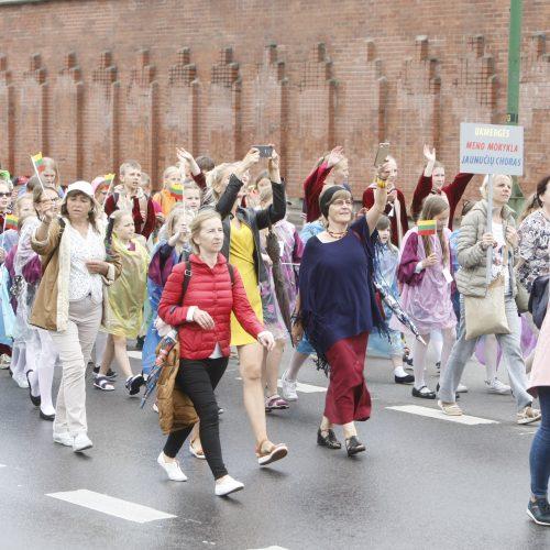 Chorų dalyvių eisena Klaipėdoje  © Vytauto Liaudanskio nuotr.