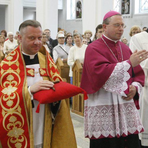 Klaipėdiečiai pagerbė naująjį vyskupą  © Vytauto Liaudanskio nuotr.
