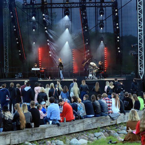 """""""Saulės kliošo"""" koncertas """"Pakrantėje""""  © Laimučio Brundzos nuotr."""