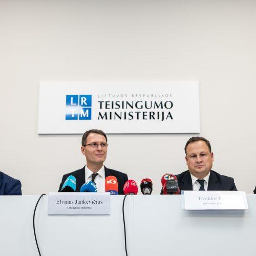 Teisingumo ministerija pristatė pataisas  © P. Peleckio / Fotobanko nuotr.