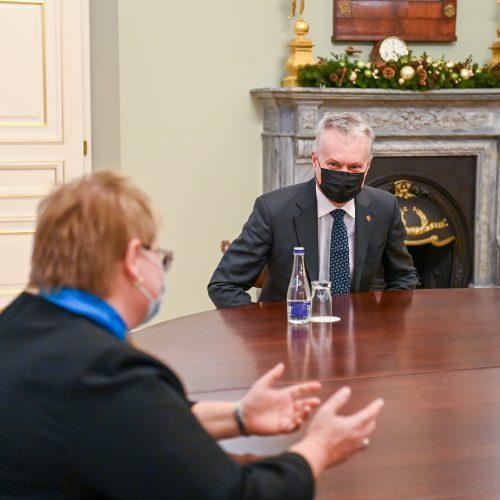 G. Nausėda susitinka su kandidate į ministres D. Miniataite  © P. Peleckio / Fotobanko, R. Dačkaus / Prezidentūros nuotr.