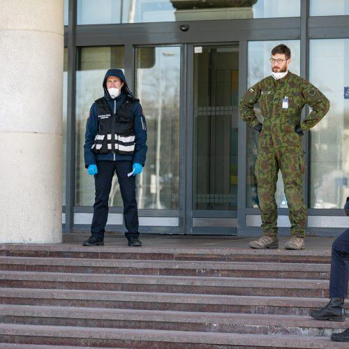 Visi grįžusieji į Vilnių iš užsienio izoliuojami viešbučiuose  © S. Žiūros nuotr.